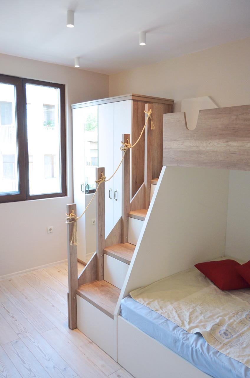 Реализиран интериорен дизайн на детска стая в апартамент гр. Бургас
